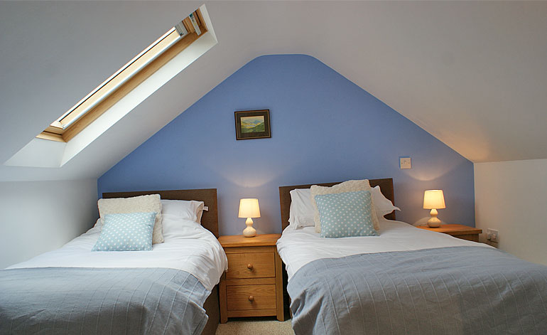 attic-bedroom-pic